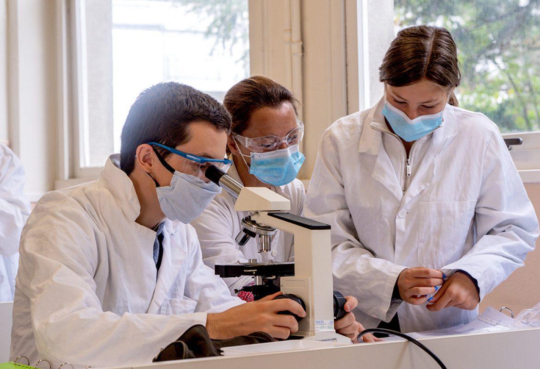 st-stanislas-lycee-general-technologique-laboratoire-sciences-2