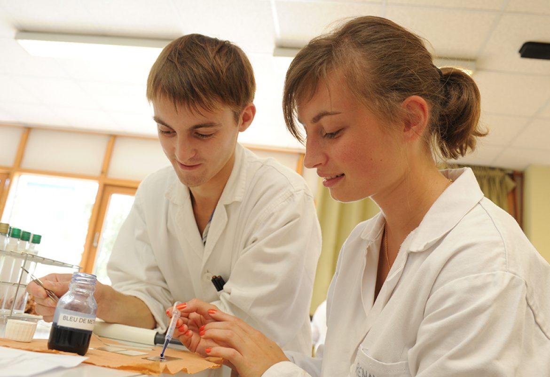 talensac-lycee-general-technologique-professionnel-laboratoire-sciences